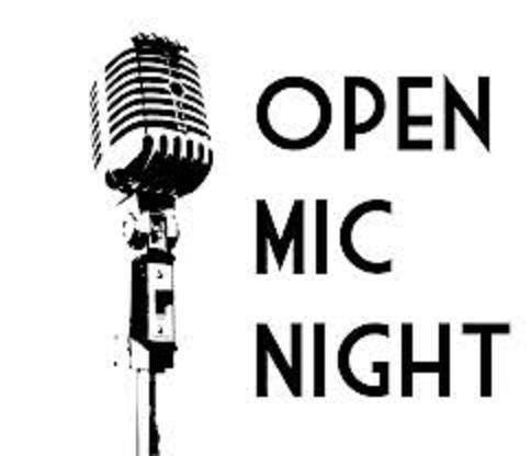 Open Mic with Kelly Maguire (8pm)